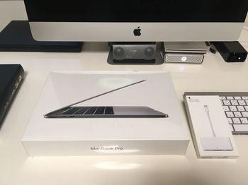 MacBook Pro_2018-0510 (1).jpg